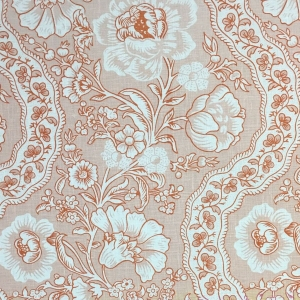 Antoinette on Chelsea Linen - Pale Dogwood